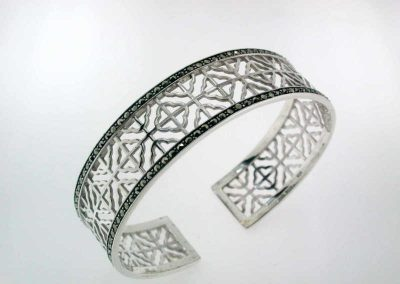 marcasite-jewelry-marvel-bangle-2