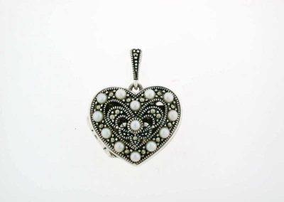 marcasite-jewelry-marvel-pendant-2